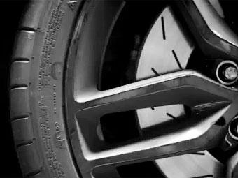 Появился первый видео-тизер нового Chevrolet Corvette