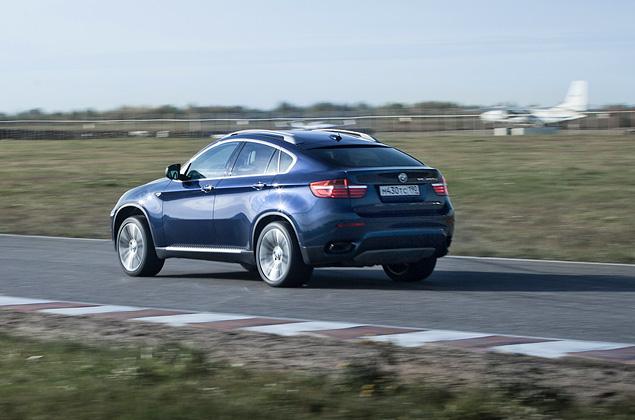 Сравниваем супервнедорожник BMW X6 M с супердизелем M50d. Фото 17