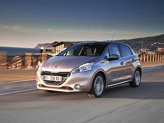Названа дата появления в России хэтчбека Peugeot 208