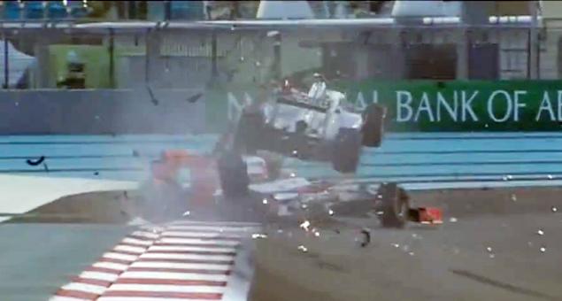 Формула-1 устроила шоу в Абу-Даби. Фото 7