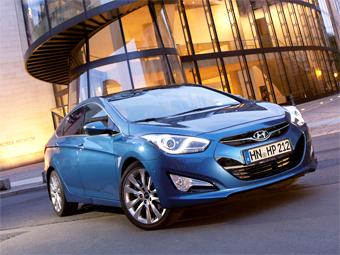 Седан Hyundai i40 подешевел в России за счет новой комплектации