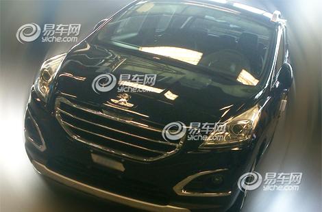 Модель получила переднюю часть в стиле Peugeot 208. Фото 2