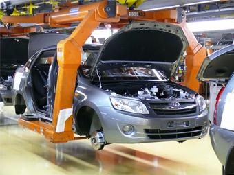 Ставки транспортного налога и ОСАГО повысят для поддержки автопрома