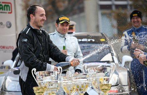 Экс-пилот Формулы-1 одержал победу на асфальтовой гонке в Италии