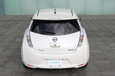 Японская компания обновила электромобиль и сделала его легче. Фото 1