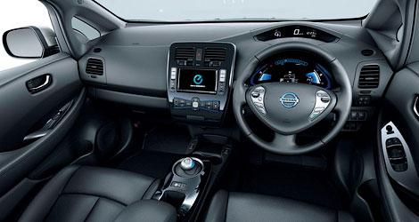 Японская компания обновила электромобиль и сделала его легче. Фото 3