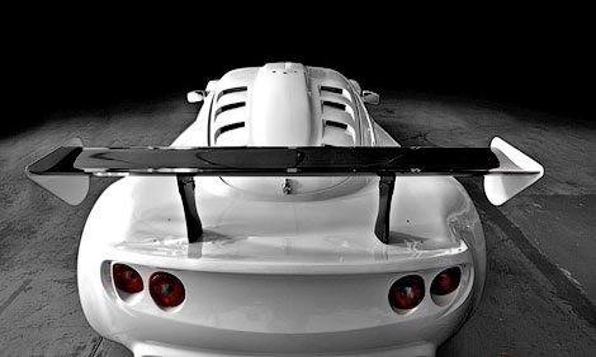Купе получило семилитровый двигатель от Chevrolet Corvette. Фото 1