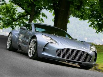 На Aston Martin нашлись два покупателя