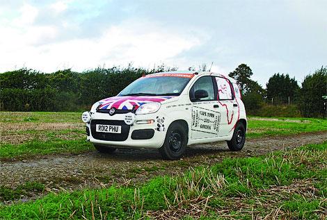 Путешественники проедут от Кейптауна до Лондона на Fiat Panda