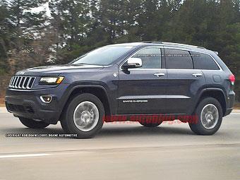 Обновленный Jeep Grand Cherokee сфотографировали без камуфляжа