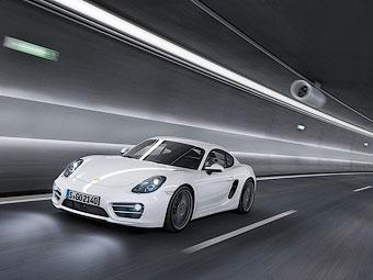 """Новый Porsche Cayman стал на 10 """"лошадей"""" мощнее Boxster"""