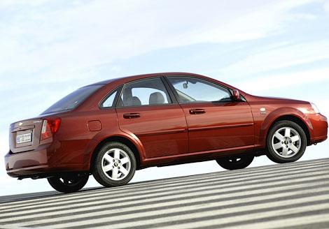 Ford Focus возглавил рейтинг популярности среди иномарок. Фото 1