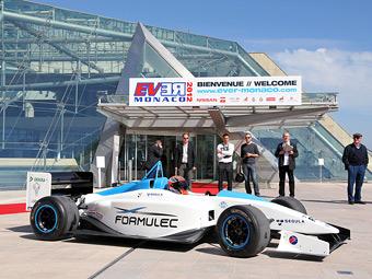 В гонки электромобилей пригласили команды из Формулы-1 и INDYCAR
