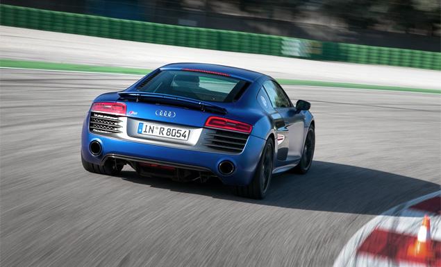 Тест-драйв обновленного суперкара Audi R8. Фото 14
