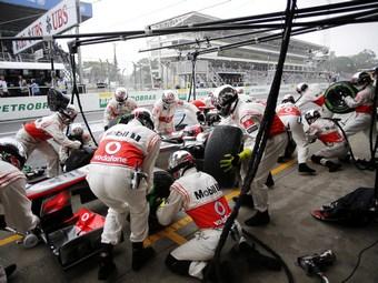 McLaren будет проводить пит-стопы за две секунды