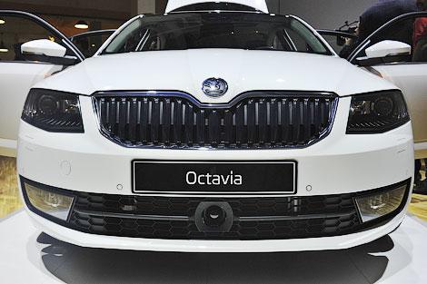 В России Skoda Octavia нового поколения появится в середине 2013 года. Фото 6