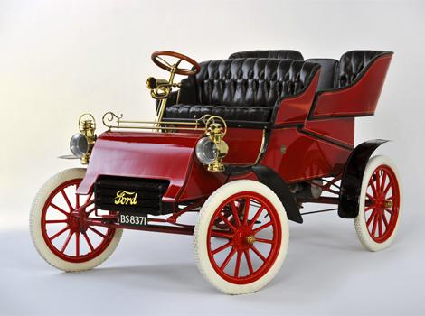 Билл Форд приобрел автомобиль Model A 1903 года выпуска