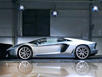 В России начали принимать заказы на открытый Lamborghini Aventador