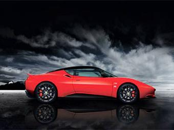 Lotus сделал спорткар Evora богаче и дешевле
