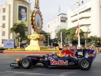 Гран-при Таиланда Формулы-1 перенесли на 2015 год