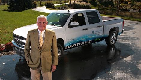 Компания VIA Motors представит модель на базе Chevrolet Silverado