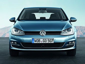 """Volkswagen Golf станет """"четырехдверным купе"""""""