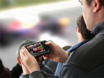 Посетителей гонок Формулы-1 лишили транслирующих заезд гаджетов
