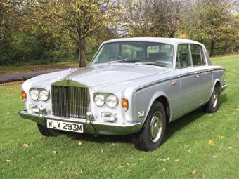 Верка Сердючка купила Rolls-Royce Фредди Меркьюри