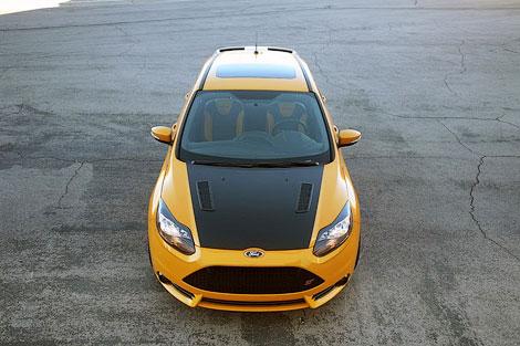 Американская компания занялась тюнингом хэтчбека Ford. Фото 1