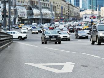 """Депутаты отказались пускать машины с пассажирами на """"выделенки"""""""
