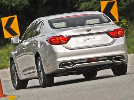Корейцы объявили рублевые цены на седан Quoris. Фото 1