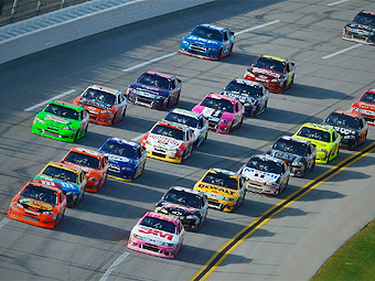В NASCAR решили проводить гонки в Европе