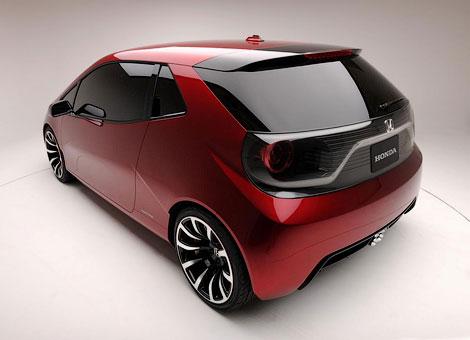 На автошоу в Монреале дебютировал концепт-кар Honda Gear. Фото 2