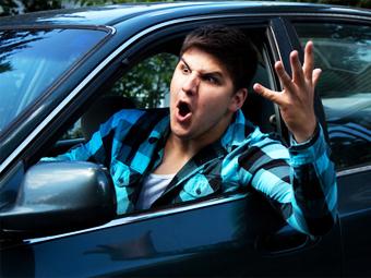 Канадцы определили худший день для вождения