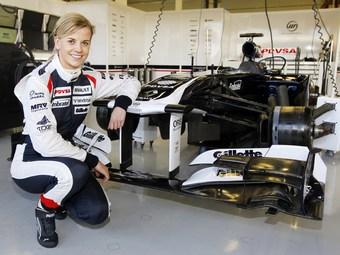 Жена руководителя Mercedes AMG первой опробует новый болид Williams