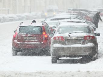 Медведев лишит ГИБДД контроля за парковками