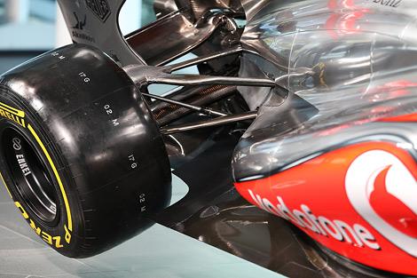 Гонщики назвали модель MP4-28 эволюцией прошлогоднего автомобиля. Фото 2