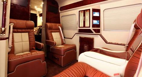 Mercedes-Benz Sprinter со втроенной кроватью оценили в 292 тысячи долларов