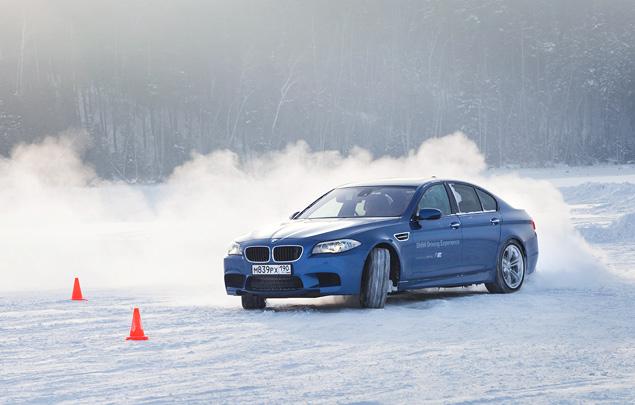 Чему учат в зимней школе бесконечных скольжений BMW Driving Experience. Фото 7