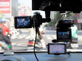 Депутаты предложили разрешить использовать в суде записи видеорегистраторов