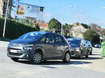 Испанцы рассекретили обновленный Citroen C4 Picasso