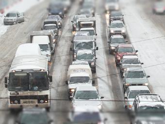 Почти все водители в России нарушали ПДД в 2012 году