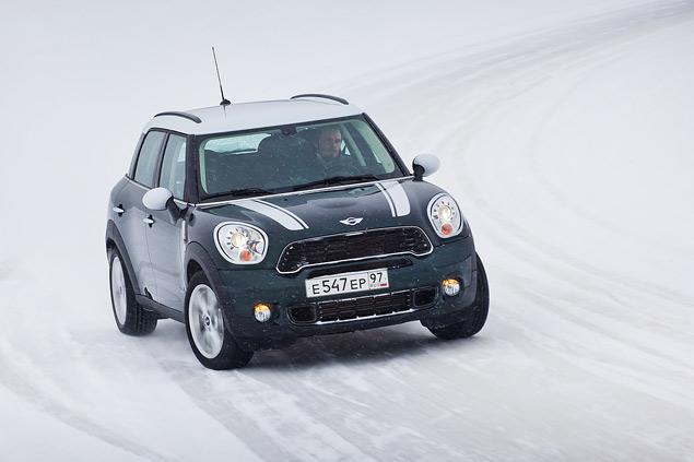 Выбираем самую веселую машину для безбашенной зимней езды. Фото 6