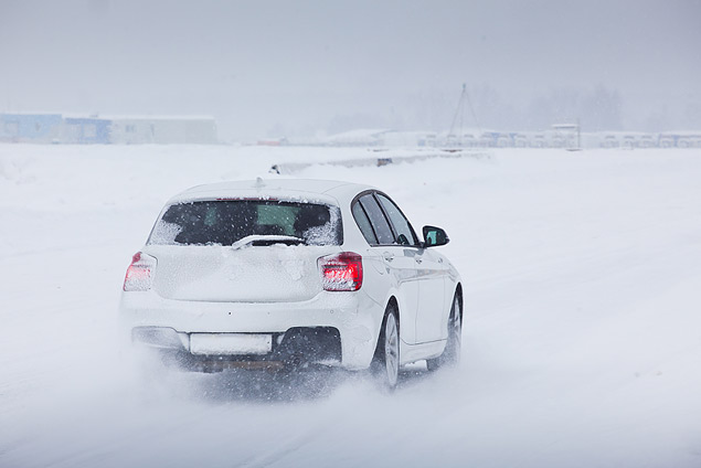 Выбираем самую веселую машину для безбашенной зимней езды. Фото 16