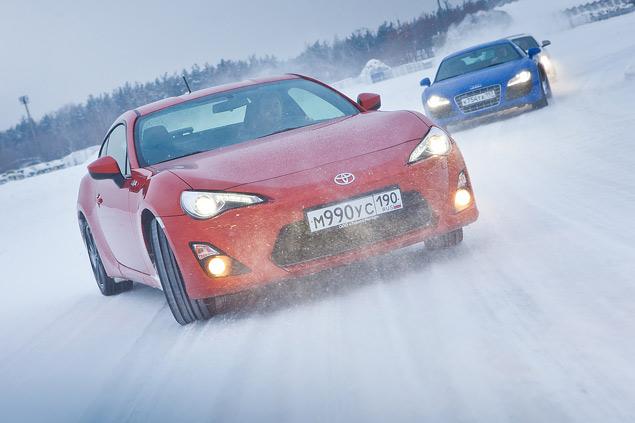 Выбираем самую веселую машину для безбашенной зимней езды. Фото 18