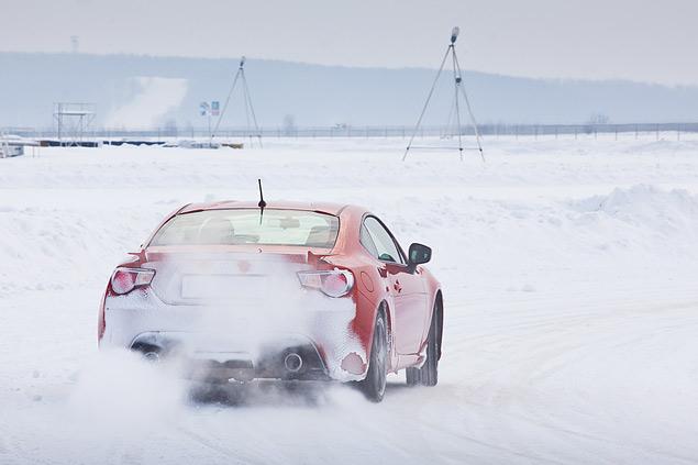 Выбираем самую веселую машину для безбашенной зимней езды. Фото 21