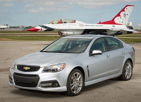 """Седан Chevrolet SS оснастили 6,2-литровой бензиновой """"восьмеркой"""". Фото 3"""