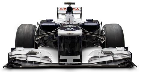 Для сезона-2013 британская команда разработала новое днище и коробку передач. Фото 1