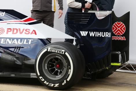 Для сезона-2013 британская команда разработала новое днище и коробку передач. Фото 4