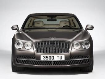 В Сети досрочно рассекретили обновленный седан Bentley Flying Spur